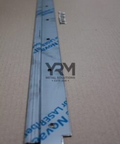 Land Rover Defender, Parts, Accessories, YRM091, roestvrij staal, stainless steel, rear steel door thresh, loadspace mat retainer strip, AFP10120SS